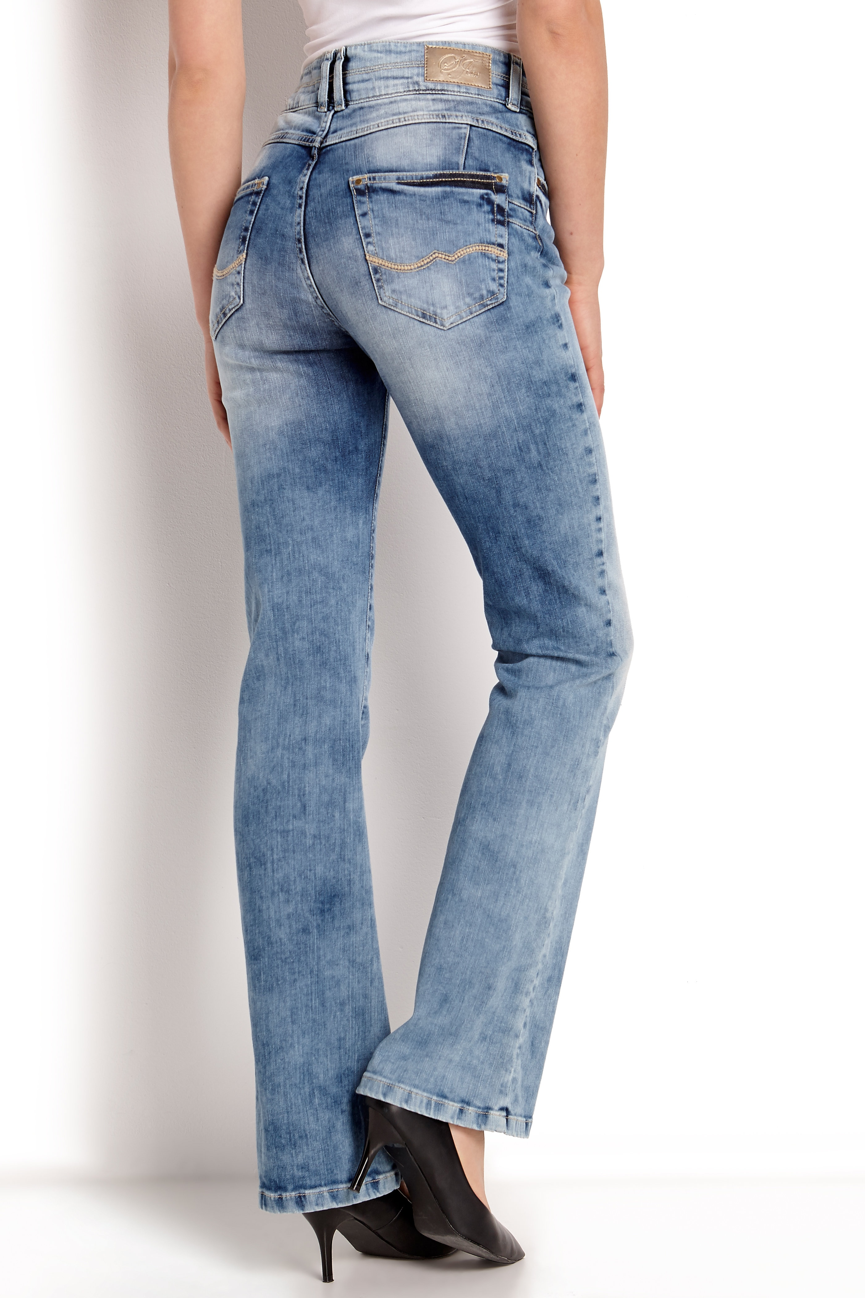 Bootcut jeans med push up Sandy
