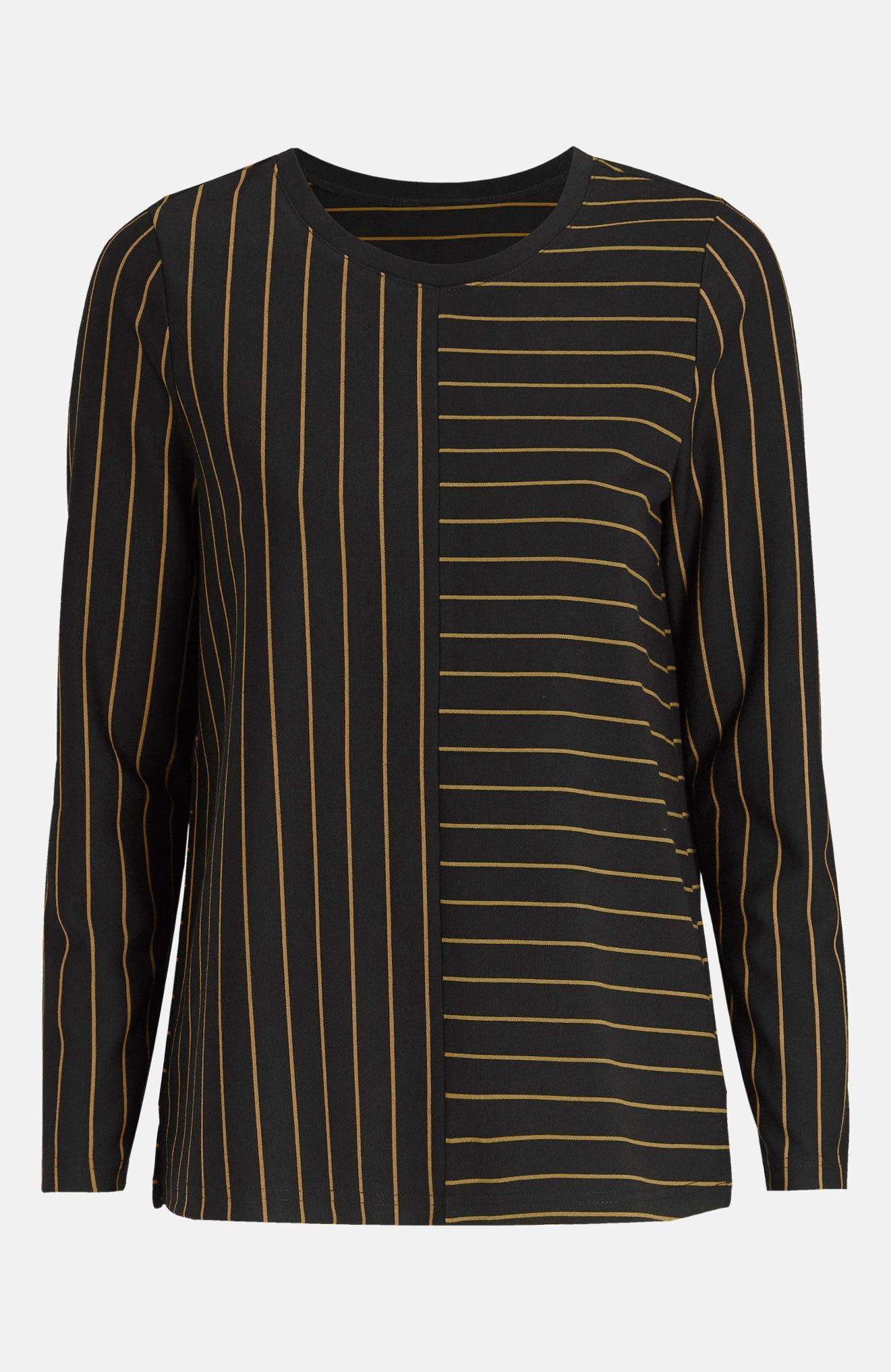 Randig tröja med långa ärmar